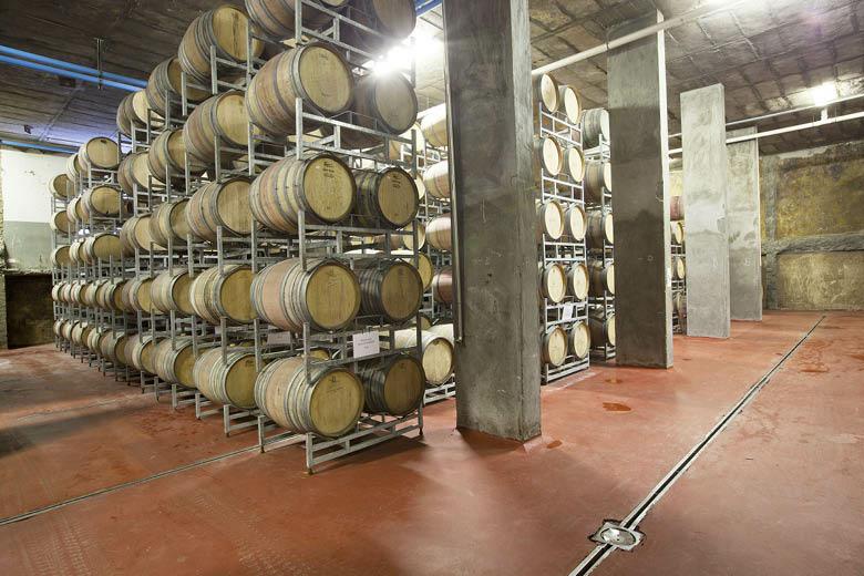 u_1410625264_robertson-winery3